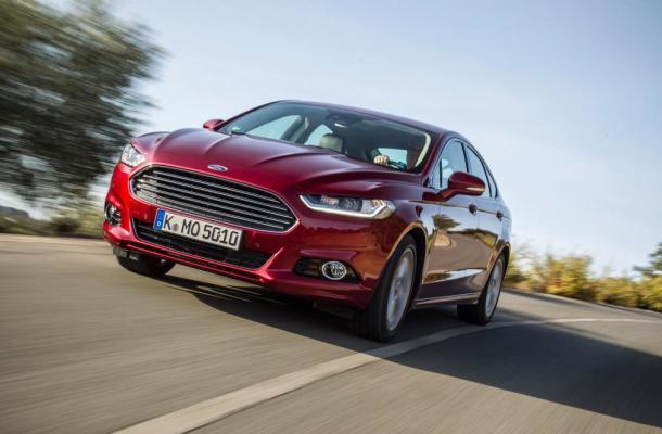 На фото - Ford Mondeo нового поколения